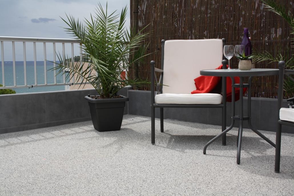 Terrassenbeschichtung Steinteppich rutschfest